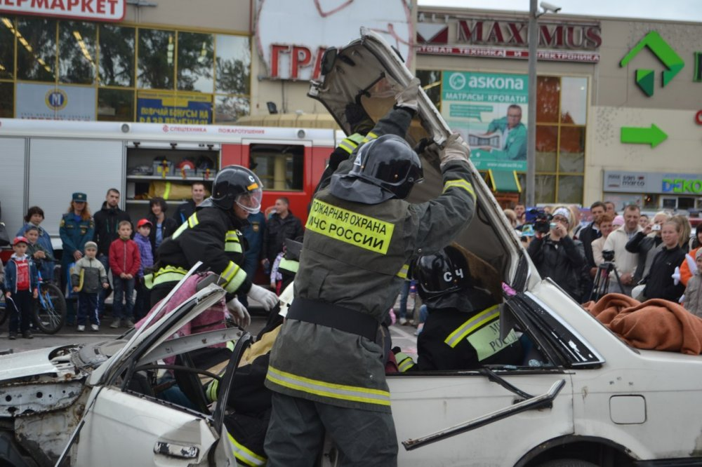 Калининград разгром автомобиля правого сектора