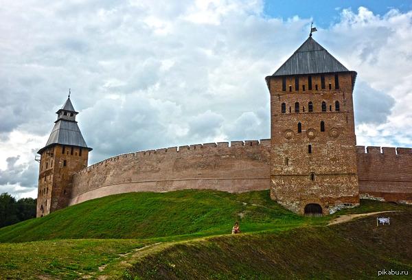 Новгородский Кремль Замечательный пример старинной архитектуры!  Великий Новгород, фоткал на тапок