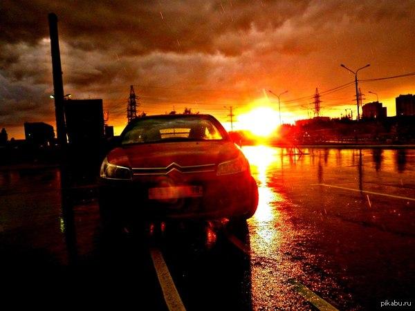просто сфотал свю тачку был дождь  тачка, закат, солнце, красиво, м:, фотография