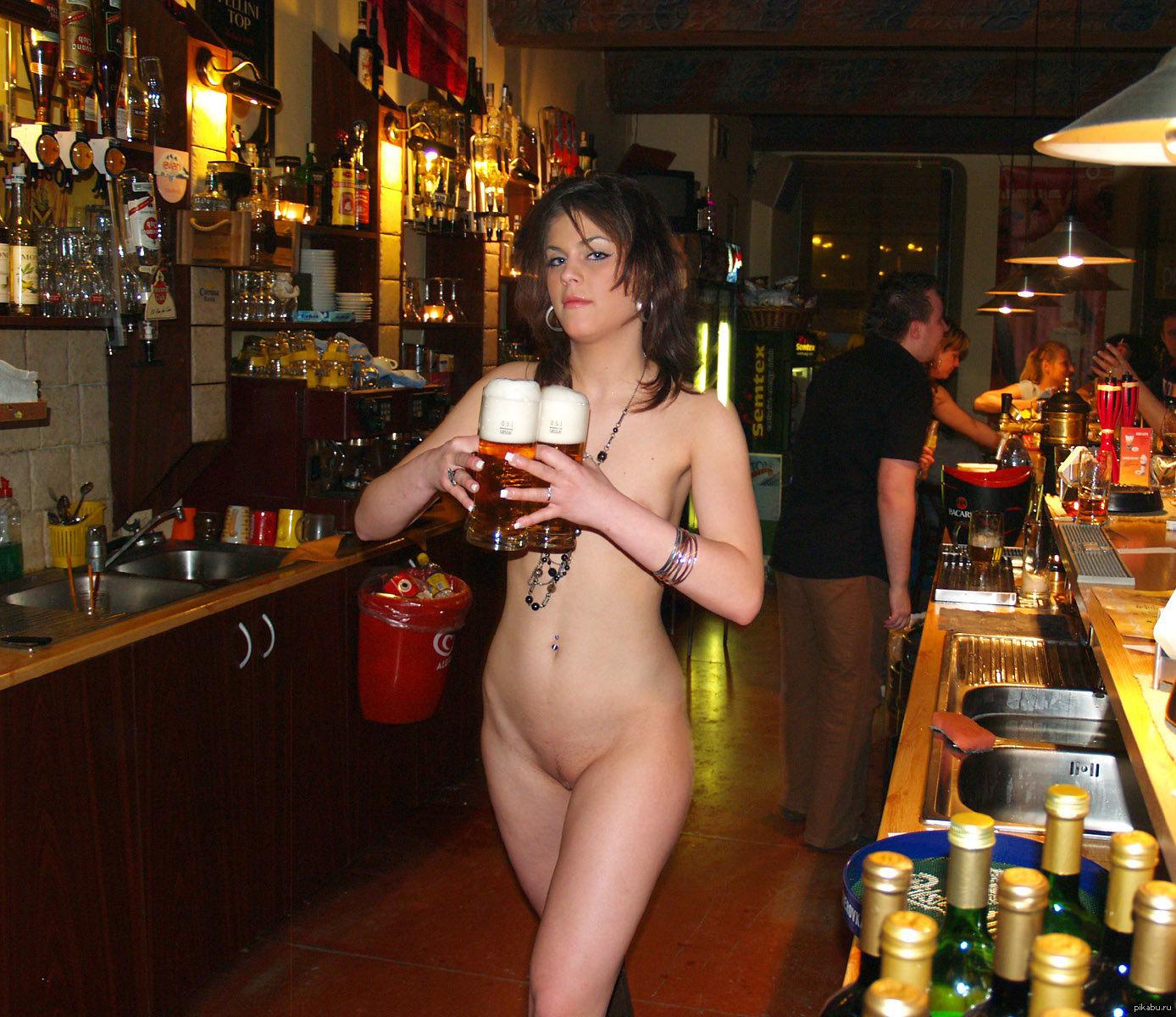 фото голые девушки и пиво